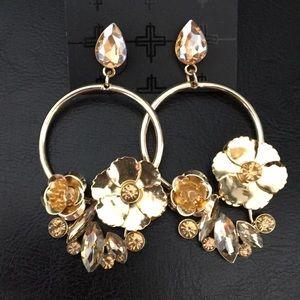 Romeo & Juliet Light amber crystal & 3 D Earrings